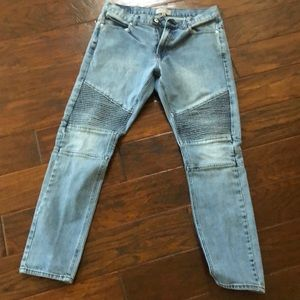 Bullhead blue jeans size 32